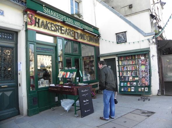 La libreria Shakespeare, a un passo dalla Senna
