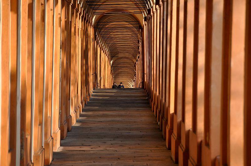 Cosa fare a Bologna? Visitare I portici di San Luca (foto di Giorgio Minguzzi, da Flickr)