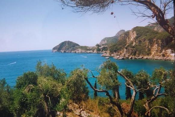 Pineta e mare a Corfù